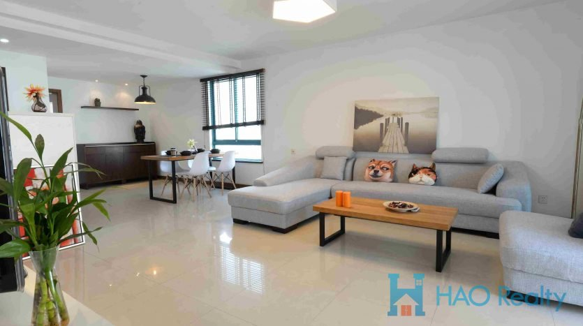 Bright 3BR Apartment w/Wall Heating in Jing'an Temple HAO Realty Shanghai HAOEC008995