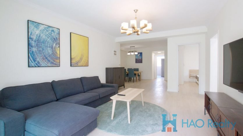 Spacious 3BR Apartment in Downtown HAO Realty Shanghai HAOLC009181