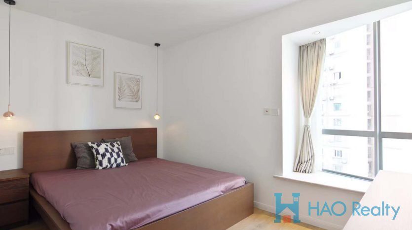 Bright 1BR Apartment w/Floor Heating 10mins from Jing'an Temple HAO Realty Shanghai HAOEC023251