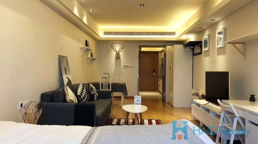 Bright 1BR Service Apartment w/Floor Heating in Downtown HAO Realty Shanghai HAOEC015819