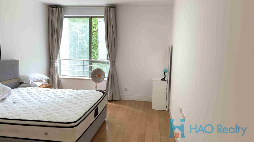 Bright 3BR Apartment next to Xujiahui Center HAO Realty Shanghai HAOEC022864