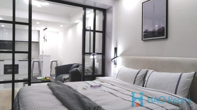 Cozy 1BR Apartment w/Wall Heating in West Beijing Road HAO Realty Shanghai HAOAG017501