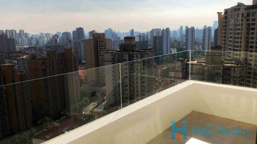 Excellent 3BR Apartment in Oriental Manhattan HAO Realty Shanghai HAOLC023696