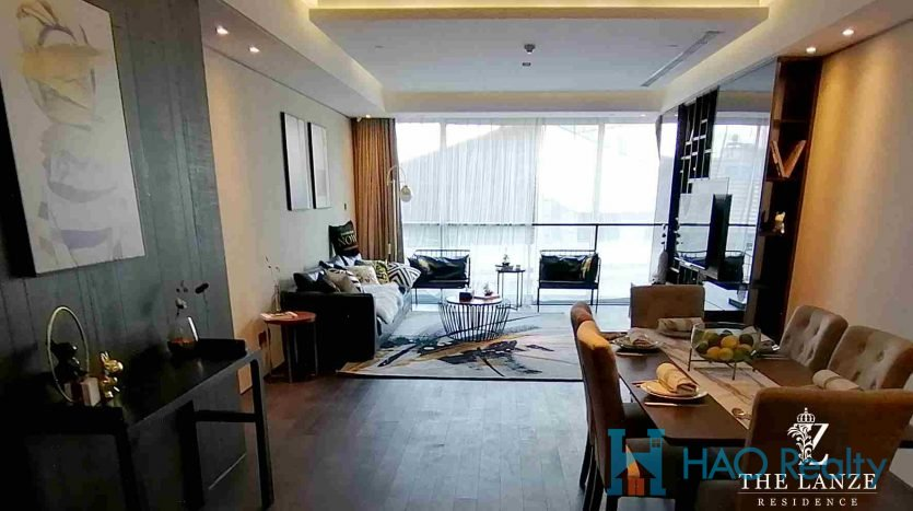 Spacious 2BR Apartment w/Floor Heating near Qufu Road Metro 8 / 12 HAO Realty Shanghai HAOSW022186