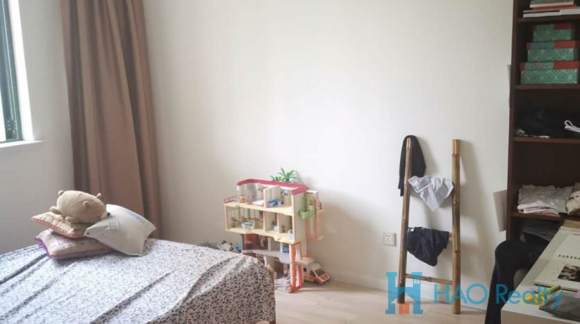 Spacious 3BR Apartment in Yanlord Garden HAO Realty Shanghai HAOTZ021477