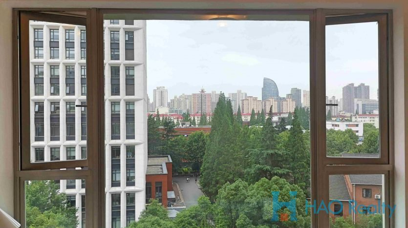 Spacious 3BR Apartment w/Floor Heating in Wellington Garden HAO Realty Shanghai HAOSW021226