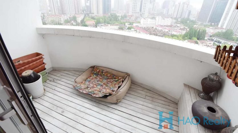 Spacious 3BR Apartment w/Floor Heating in Zhenning Road HAO Realty Shanghai HAOSW021808