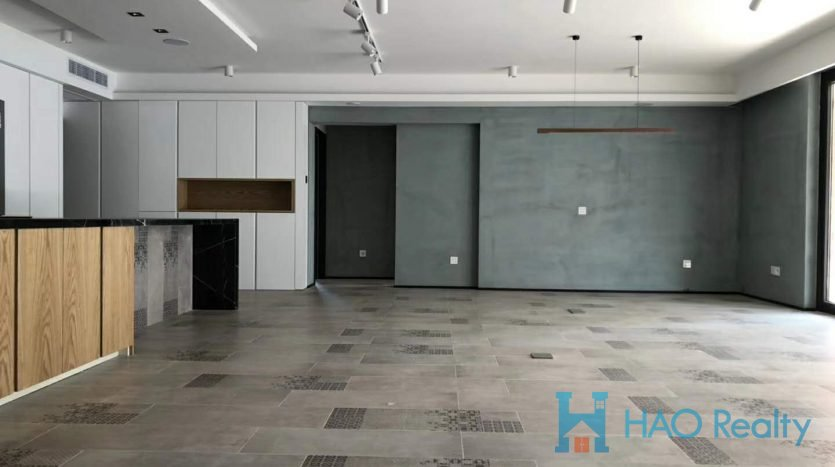 Spacious 4BR Apartment in Former French Concession HAO Realty Shanghai HAOTZ021272