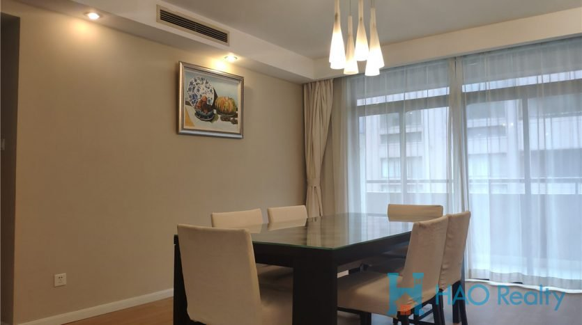 Spacious 4BR Apartment in Hongqiao HAO Realty Shanghai HAOTZ021345
