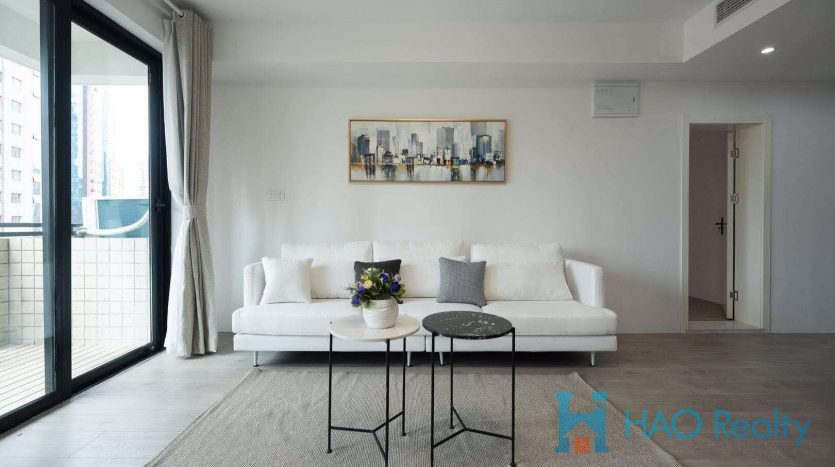 Spacious 4BR Apartment w/Floor Heating in Jewel Garden HAO Realty Shanghai HAOSW022154