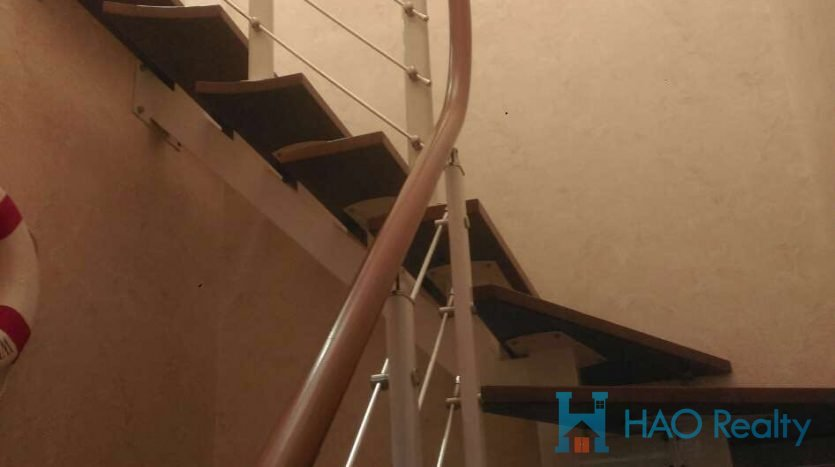 Spacious 5BR Apartment w/Wall Heating in Xujiahui (Residential Area) HAO Realty Shanghai HAOAG017326