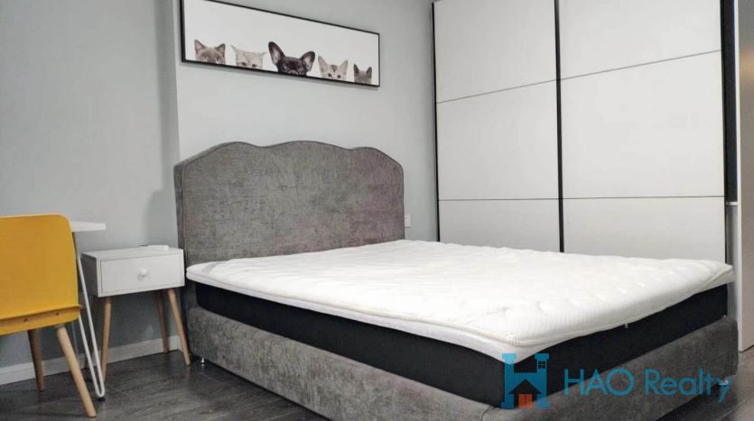 Bright 2BR Apartment in Downtown HAO Realty Shanghai HAOAG025746