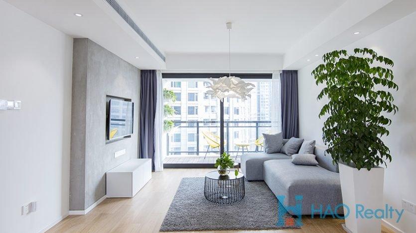 Bright 3BR Apartment w/Floor Heating in Xujiahui HAO Realty Shanghai HAOEC026702