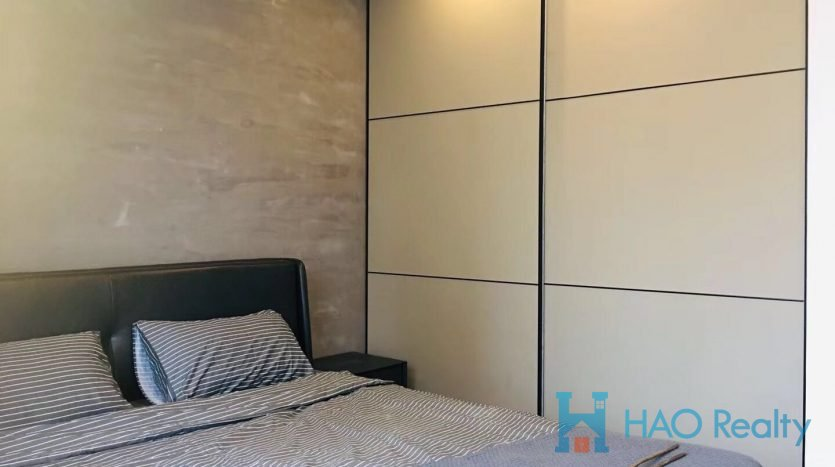 Bright 3BR Apartment w/Wall Heating in Downtown HAO Realty Shanghai HAOEC027911