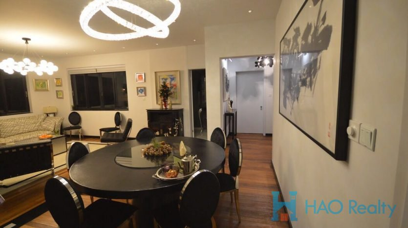 Bright 4BR Apartment w/Wall Heating in Former French Concession HAO Realty Shanghai HAOEC026593