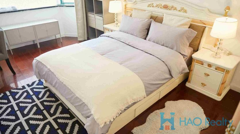 Spacious 2BR Apartment in Jing'an Temple HAO Realty Shanghai HAOAG025400