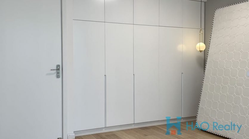 Spacious 2BR Apartment w/Floor Heating in Former French Concession HAO Realty Shanghai HAOAG025884