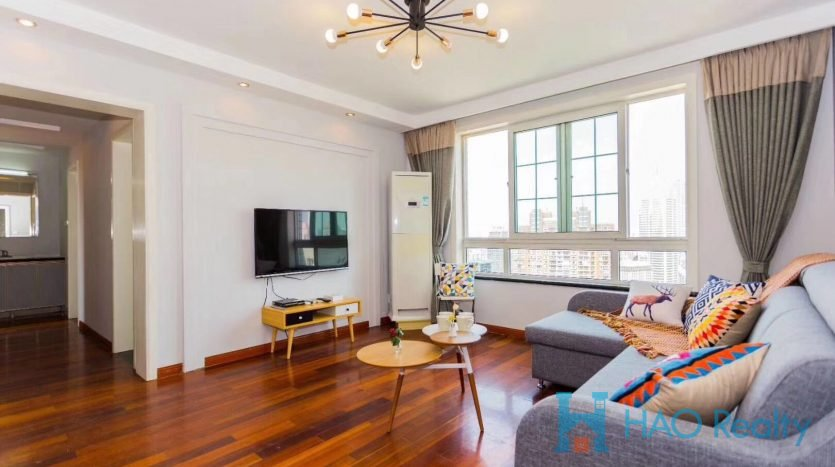 Spacious 3BR Apartment in Downtown HAO Realty Shanghai HAOAG026237