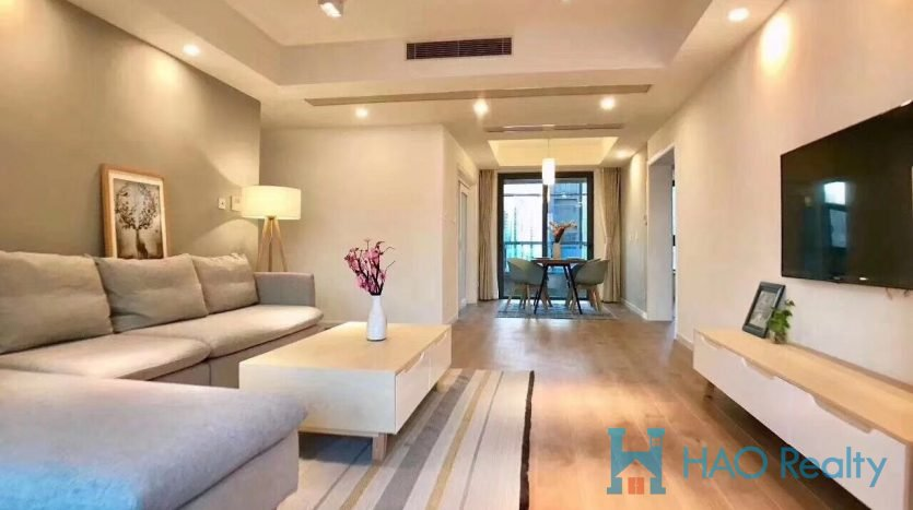 Spacious 3BR Apartment w/Floor Heating in Downtown HAO Realty Shanghai HAOAG026433