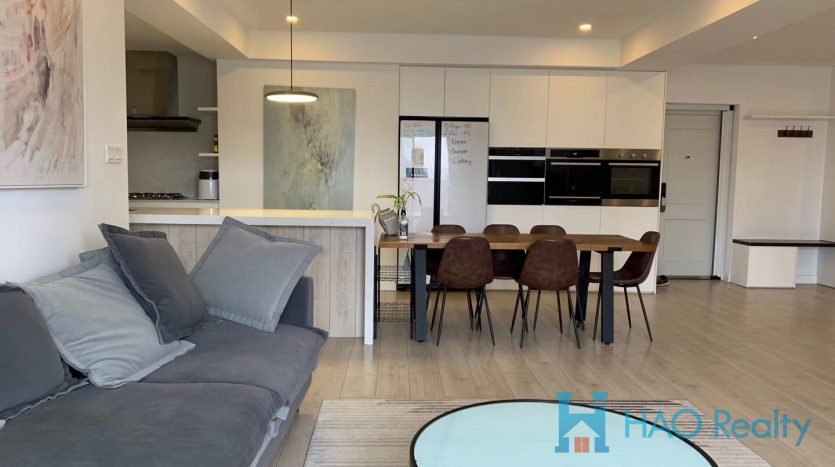 Spacious 3BR Apartment w/Floor Heating in Former French Concession HAO Realty Shanghai HAOJH025275