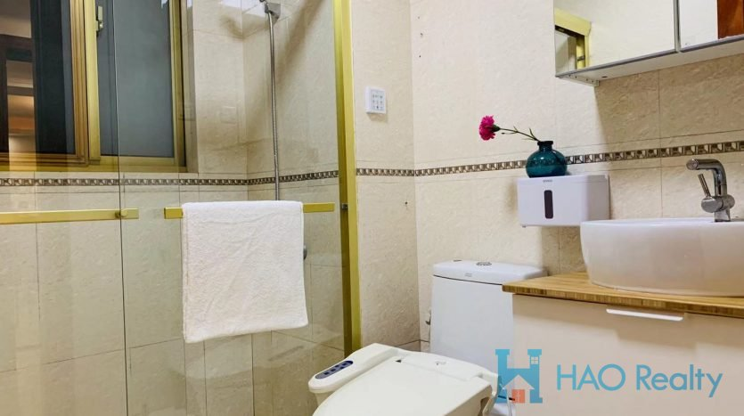 Modern Apartment in Gubei Area HAO Realty Shanghai HAOMS037488