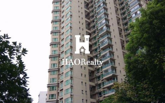 Chez Moi (a.k.a. Jia Yuan) is a mid-level apartment complex in Wanhangdu Road