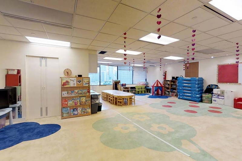 Shanghai Centre service apartment child care