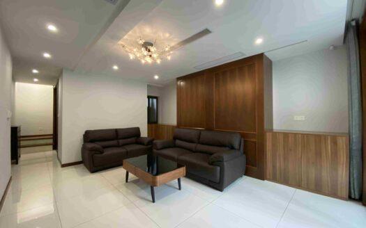 Modern Apartment in Hongqiao Area HAO Realty Shanghai HAOKK068592